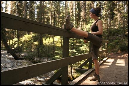 Etirements musculaires en randonnée