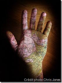 Carte en main
