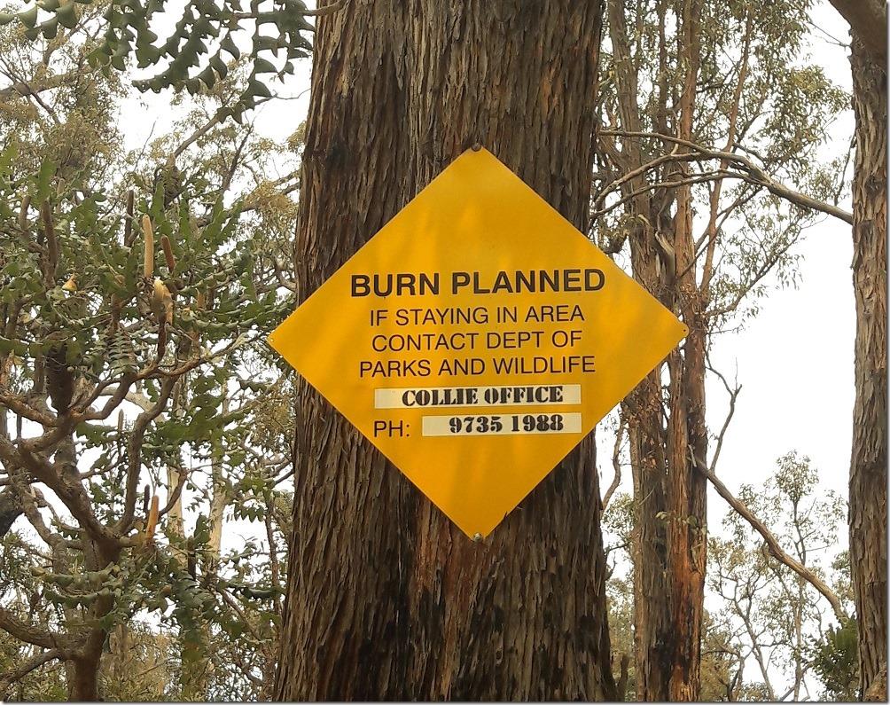 Panneau indiquant qu'un feu est planifié dans la zone
