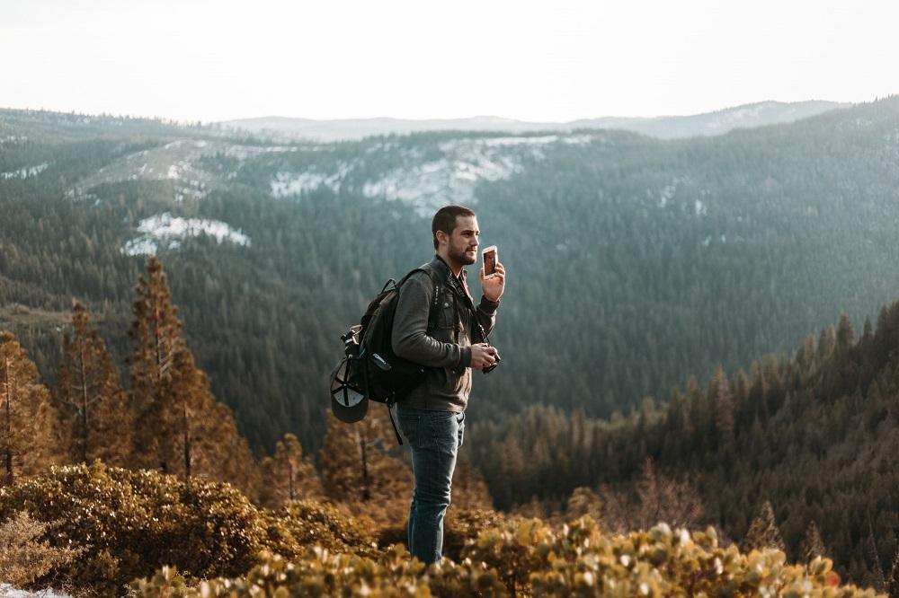 6 questions à se poser avant d'emporter son téléphone portable en randonnée