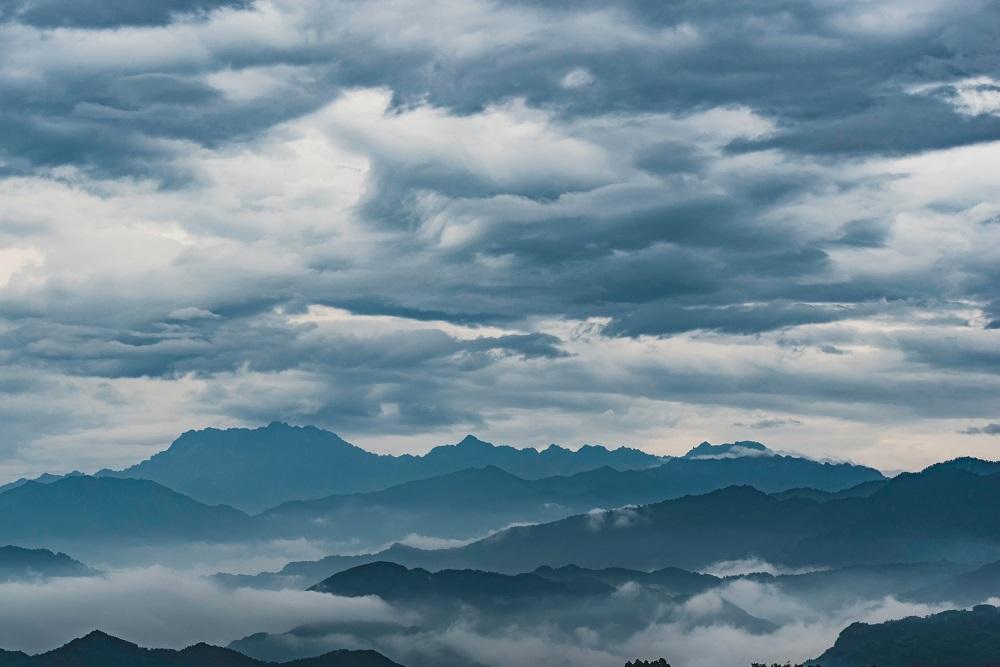 Nuages, ensoleillement, pluie... Savoir à quelles conditions météo s'attendre en rando grâce aux historiques